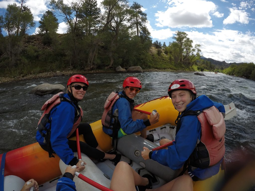 do's and don ts in white water rafting